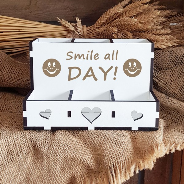 Dekorative Stiftebox « SMILE ALL DAY » mit 6 Fächern - mit Motiv Smiley