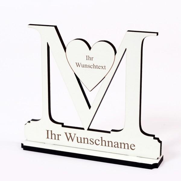 Buchstabe M mit Herz - Name und Wunschgravur - Schild zum Hinstellen